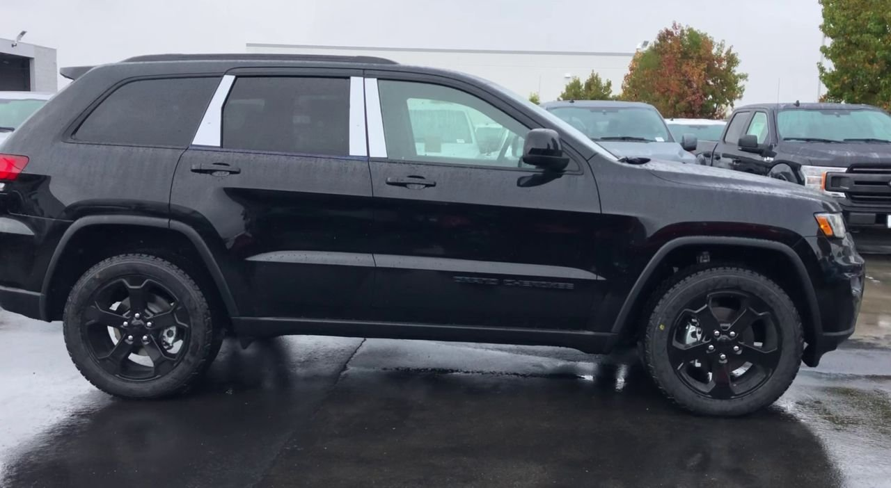 New 2020 JEEP Grand Cherokee Upland